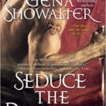 Seduce the Darkness epub